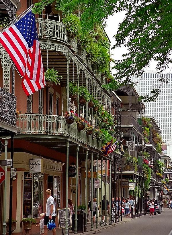 New Orleans Locals Talk E-Cigs
